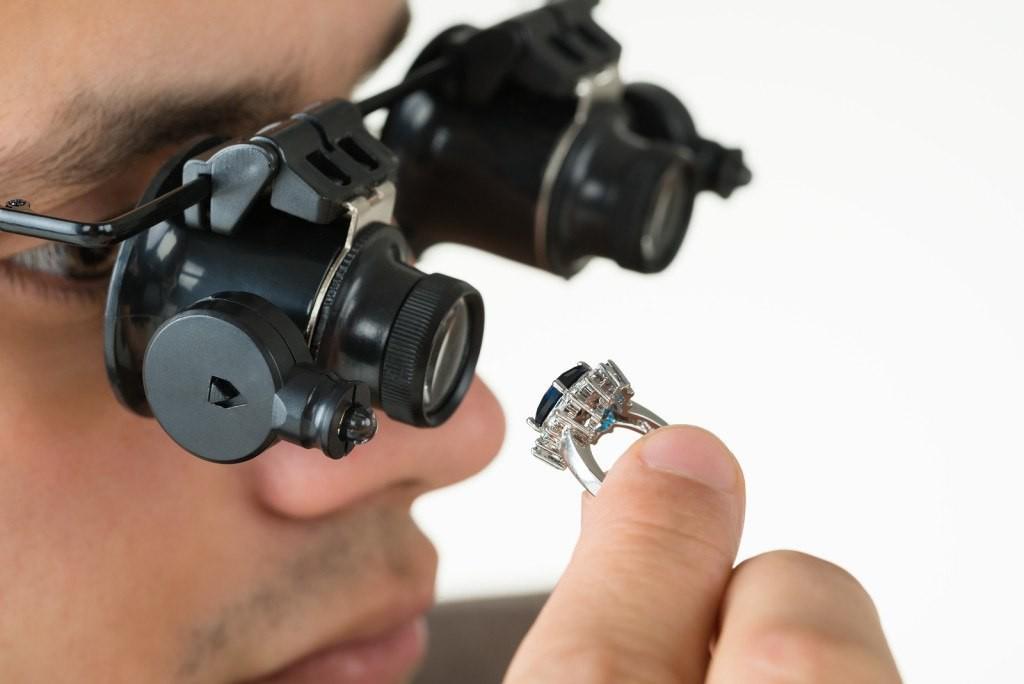 Edelsteineankauf Diamantgutachter Juwelier Leihhaus